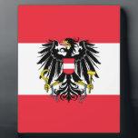 """Flag of Austria - Flagge &#214;sterreichs Plaque<br><div class=""""desc"""">State Flag of Austria with the Coat of arms of Austria at its centre.  Dienstflagge der Republik &#214;sterreich; Variante mit k&#252;nstlerisch ausgestaltetem Adler</div>"""