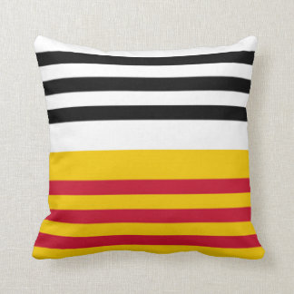 Flag of Loon op Zand Throw Pillow