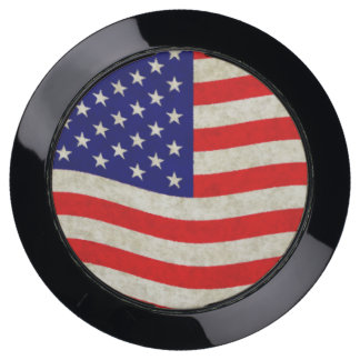 Flag of the United States of America - grungy USB Charging Station