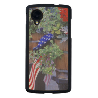 Flags and Flowers in Philipsburg Montana Carved® Maple Nexus 5 Slim Case