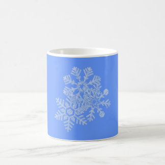 Flakes of snowflakes coffee mug
