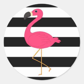 Flamenco blanco y negro del rosa de la raya pegatina redonda