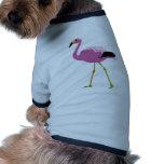 Flamenco rosado camisetas de perrito