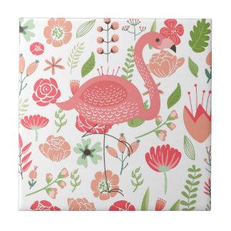 Flamenco rosado con las flores clasificadas azulejo cuadrado pequeño