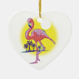Flamenco rosado adorno de cerámica en forma de corazón