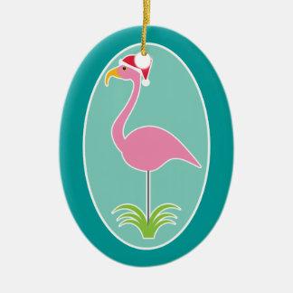 Flamenco rosado tropical que lleva el gorra de adorno ovalado de cerámica
