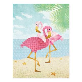 Flamencos rosados de la acuarela en la playa tarjetas postales
