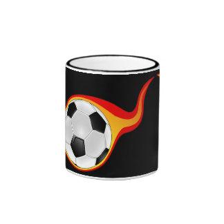 flaming_soccer_ball taza a dos colores