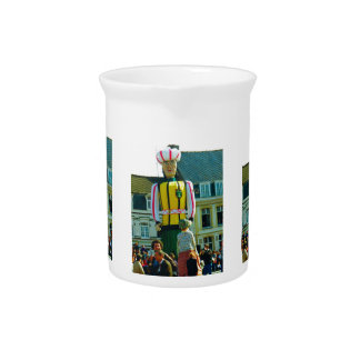 Flanders tradition, Parade of the Giants Drink Pitcher