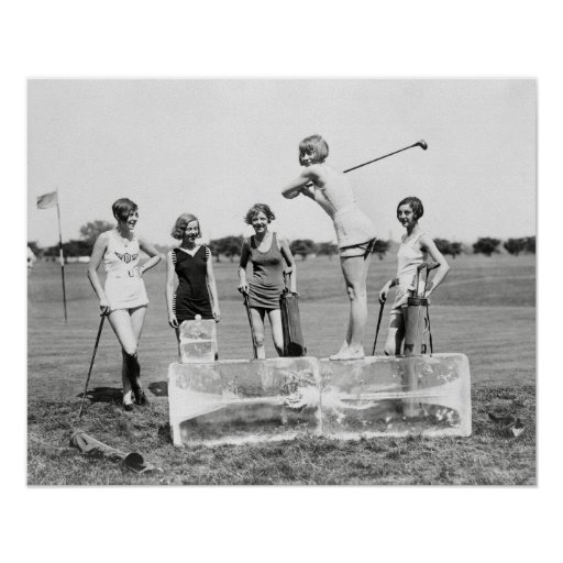 Flapper Girls Playing Golf, 1926 Posters