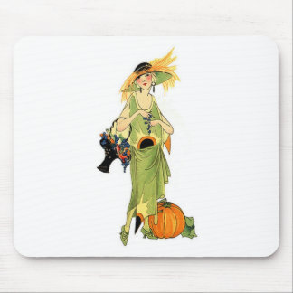Flapper with pumpkin mouse pad