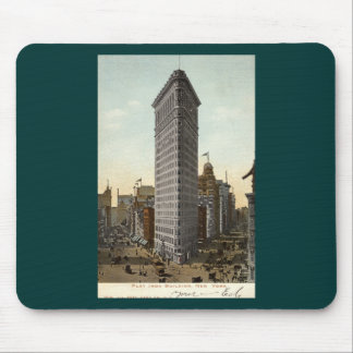 Flat Iron Building, New York City 1918 Vintage Mouse Pad