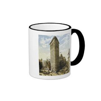 Flat Iron Building New York City, NY 1903 Vintage Ringer Mug