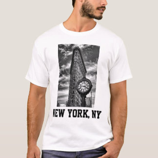 Flatiron Building and Clock in Black and White T-Shirt
