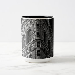 Flatiron Building in Manhattan, NYC Two-Tone Coffee Mug
