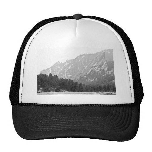 Flatiron en Boulder blanco y negro Colorado Gorros Bordados