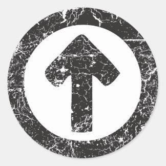 Flecha del círculo pegatina redonda
