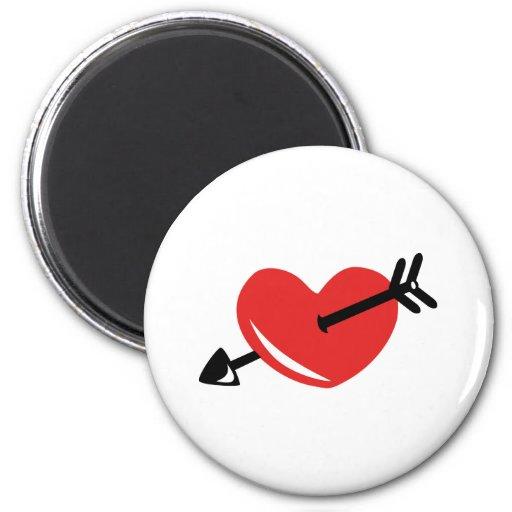 Flecha del corazón imán