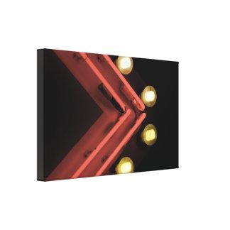 Flecha y luces de neón impresiones en lona