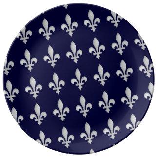Fleur de lys Floral Pattern Porcelain Plate