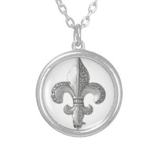 Fleur-De-Lys Round Pendant Necklace