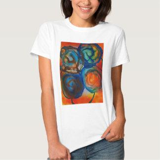 Fleurs abstraites dans le soleil t-shirt