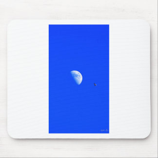 FLIGHT OF THE NAVIGATOR MOUSE PAD