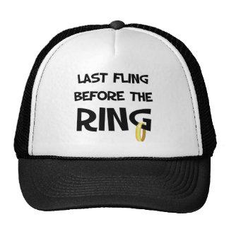Fling pasado antes del gorra del anillo