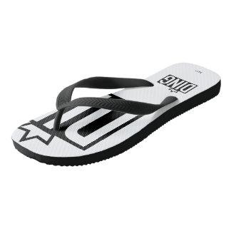 Flip-flop blanco y negro del TILÍN