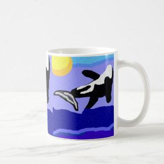 flippin de la ballena de la orca a la taza del sol
