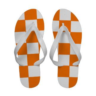 Flips-flopes a cuadros del naranja y blancos