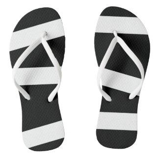 Flips-flopes blancos y negros