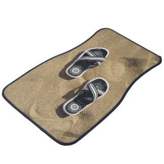Flips-flopes con playas alfombrilla de auto