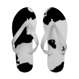 Flips-flopes de la piel de la vaca de las mujeres