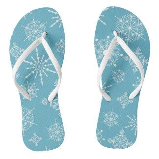 Flips-flopes de los copos de nieve del blanco puro