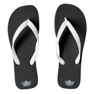 Flips-flopes de plata adultos del blanco de la