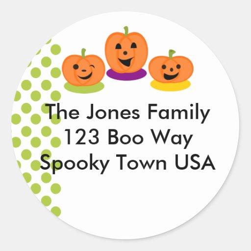 Flirty Pumpkins Round Stickers