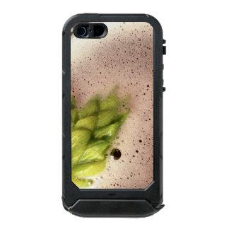 Floating Beer Hops Waterproof iPhone SE/5/5s Case