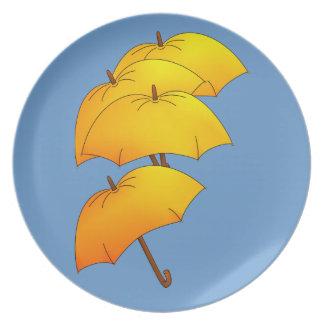 Floating yellow umbrella plate