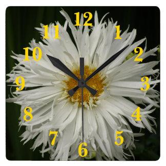 Flor amarilla blanca reloj cuadrado