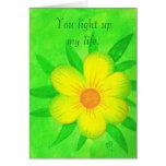 Flor amarilla brillante, usted enciende para arrib