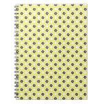 flor amarilla cuaderno