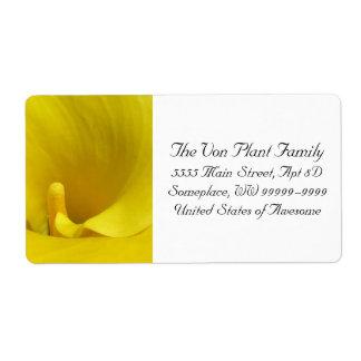 Flor amarilla de la cala etiquetas de envío