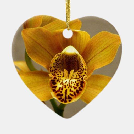 Flor amarilla de la orquídea ornaments para arbol de navidad