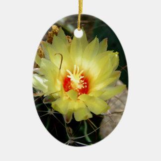 Flor amarilla del cactus del anzuelo adornos de navidad