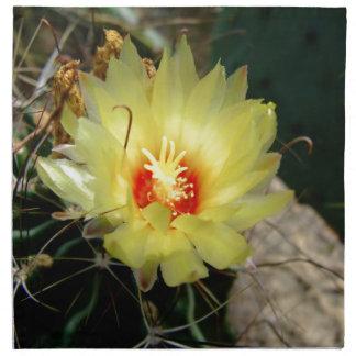 Flor amarilla del cactus del anzuelo servilletas