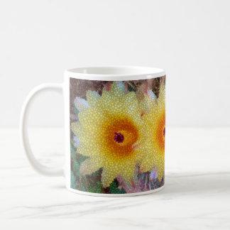 Flor amarilla del cactus en diseño del mosaico taza de café