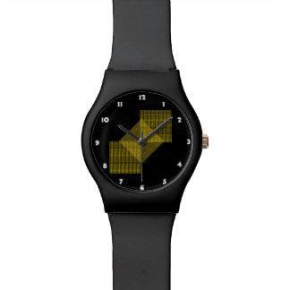 Flor amarilla del cosmos con el fondo negro relojes