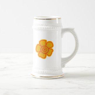 Flor amarilla grande jarra de cerveza