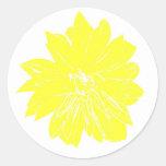 Flor amarilla grande pegatina redonda